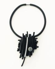 Gummihalsband, BRN018